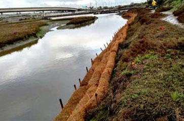 Coir Log Natural Erosion Control For Soil Stabilization